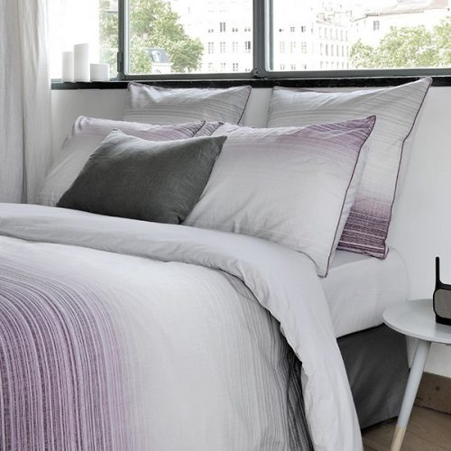 linge de lit haut de gamme fabriqu en france julie lavari re. Black Bedroom Furniture Sets. Home Design Ideas