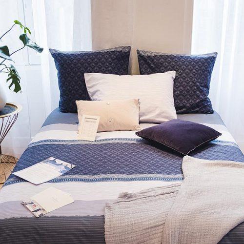 Voyage , collection Julie Lavarière, linge de lit haut de gamme fabriqué en France, en vente exclusive à Lyon