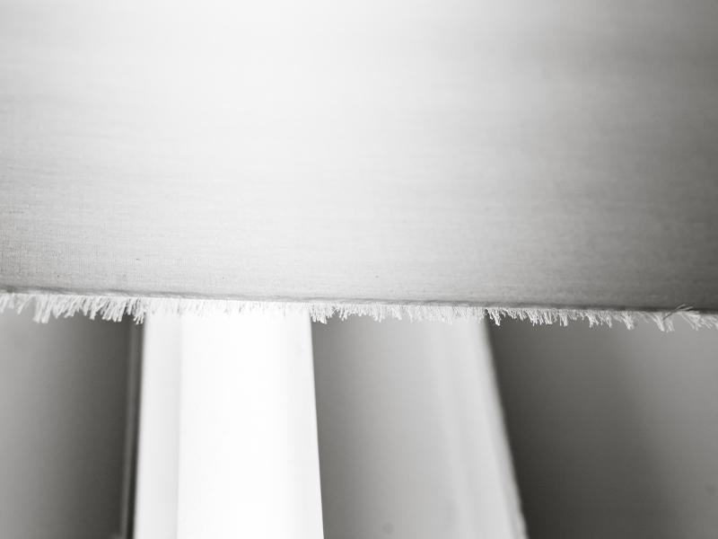 Photo d'un drap en percale de coton au sorti de son tissage dans un atelier français de tissage